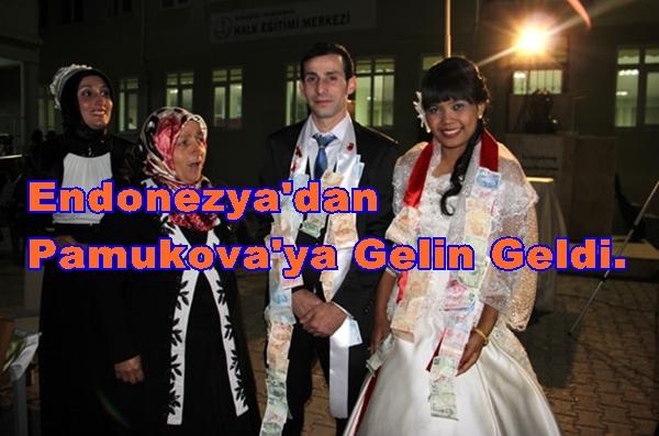 Endonezya'dan Pamukova'ya Atika Gelin Geldi.